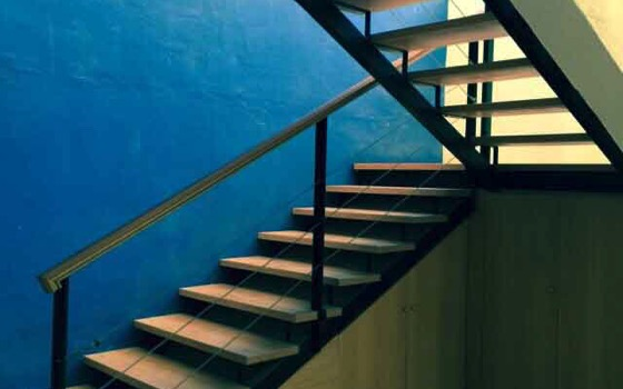 0-2-acceso-a-despacho-diseno-interiorismo-espacios-comerciales-valencia